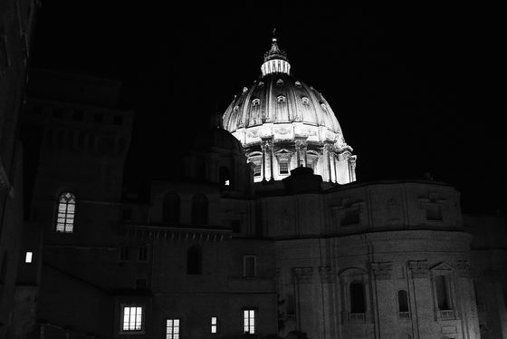 Rome Vatican Saint Pierre by night